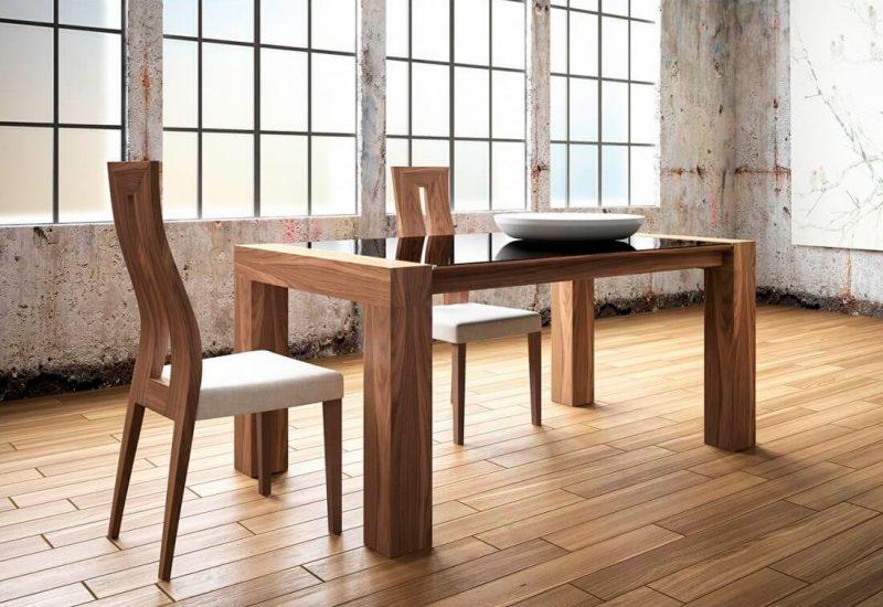 Mesa-y-sillas-modelo-Marc