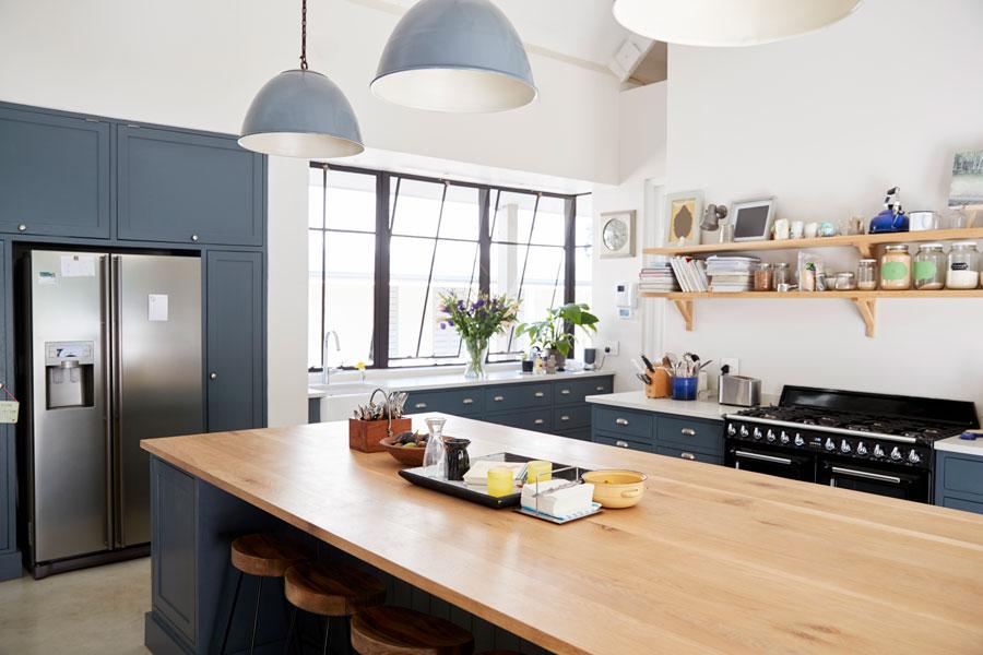 Cómo iluminar una cocina? 4 propuestas muy interesantes.