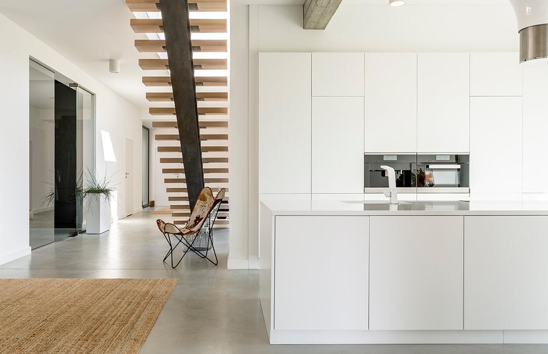 Cocinas abiertas al salon modernas en Toledo